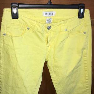 jalate jeans